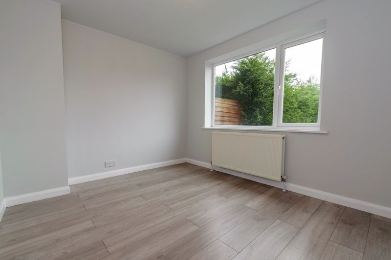 4 bed house to rent in Whitford Close 4