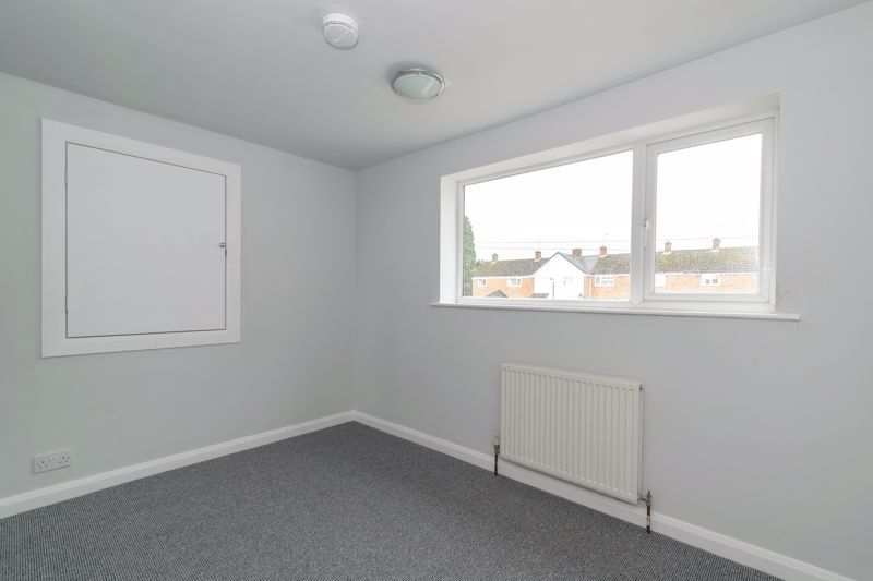4 bed house to rent in Whitford Close 8