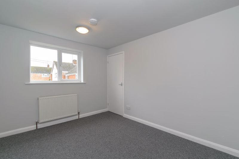 4 bed house to rent in Whitford Close 9