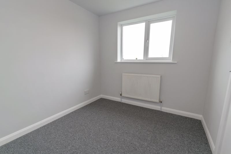 4 bed house to rent in Whitford Close 10