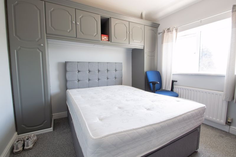 4 bed house for sale in Newark Road  - Property Image 11