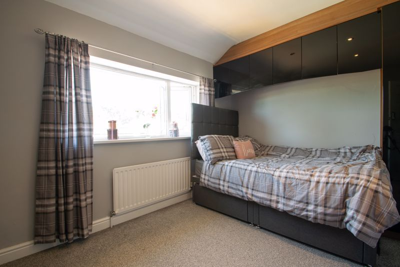 4 bed house for sale in Newark Road  - Property Image 12
