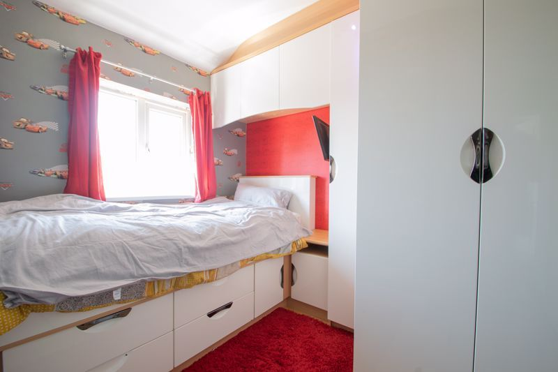 4 bed house for sale in Newark Road 14