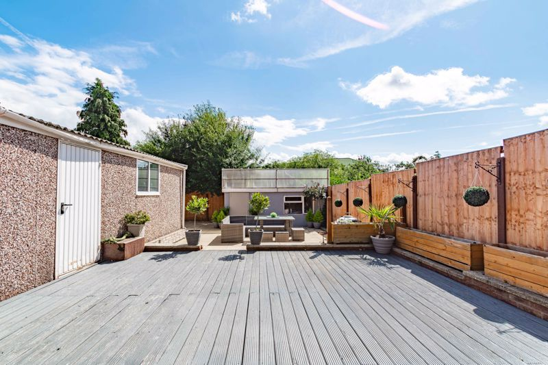 4 bed house for sale in Newark Road 17