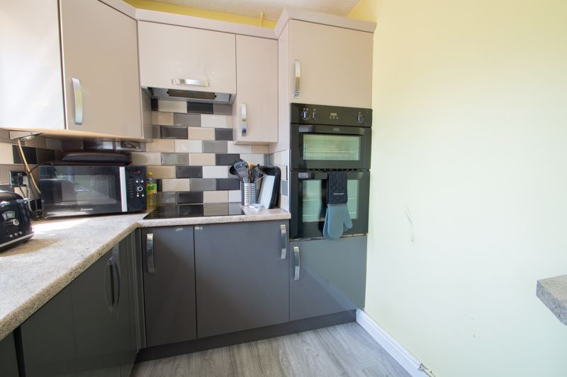 4 bed house for sale in Newark Road 7