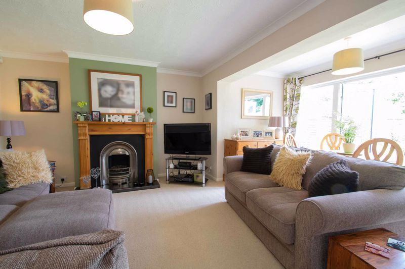 3 bed house for sale in Brook Street 14