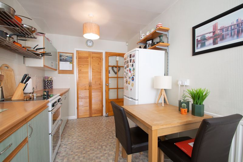 3 bed house for sale in Brook Street 16