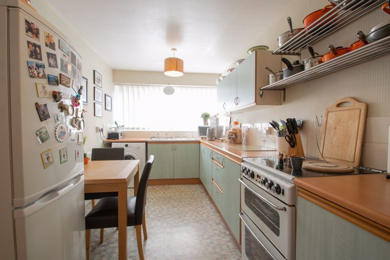 3 bed house for sale in Brook Street 4