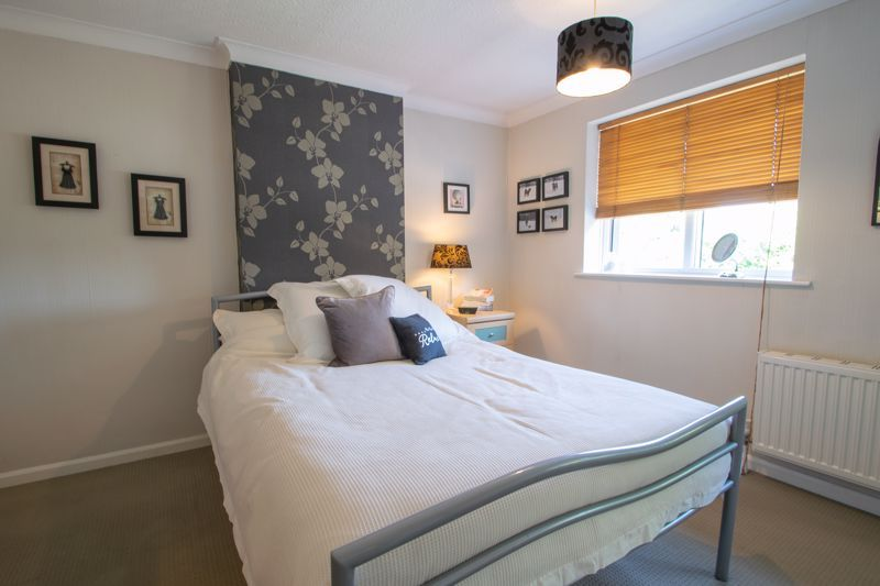 3 bed house for sale in Brook Street 7