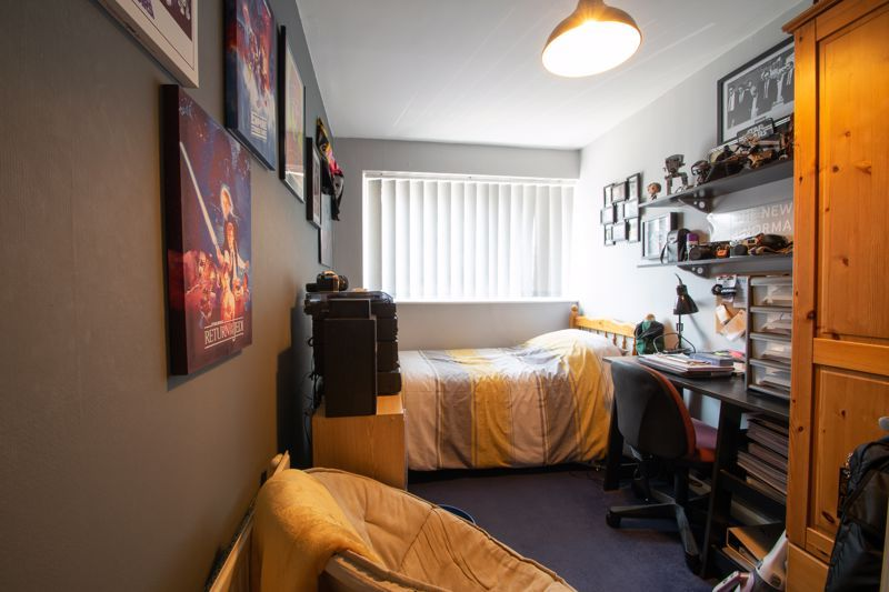 3 bed house for sale in Brook Street 10