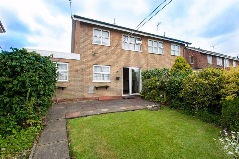 3 bed house for sale in Oxenton Croft 20