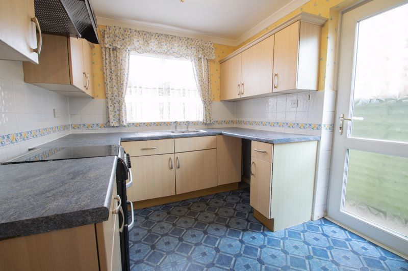 3 bed house for sale in Oxenton Croft 5