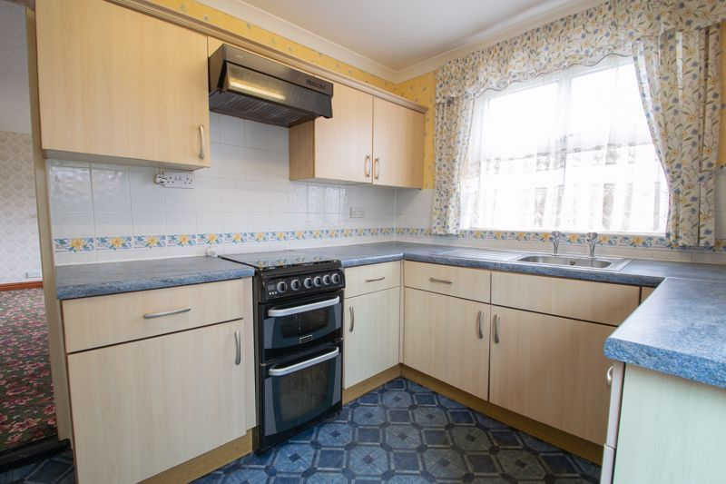 3 bed house for sale in Oxenton Croft 6