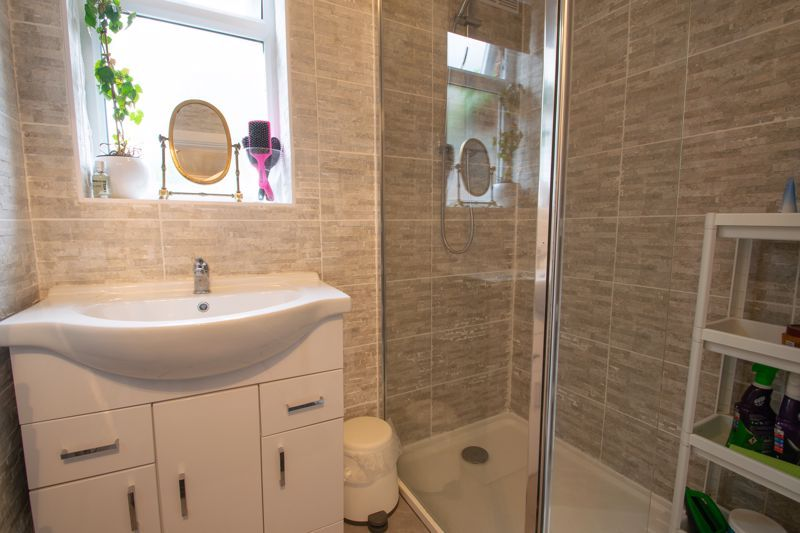 2 bed flat for sale in Enville Street 10