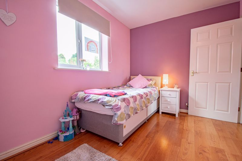 2 bed flat for sale in Forge Avenue  - Property Image 9