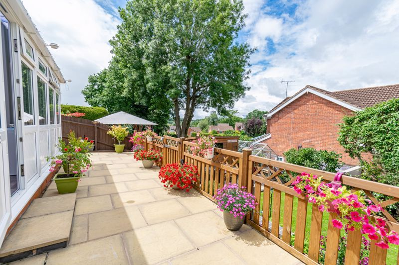 4 bed house for sale in Church Down Close 17