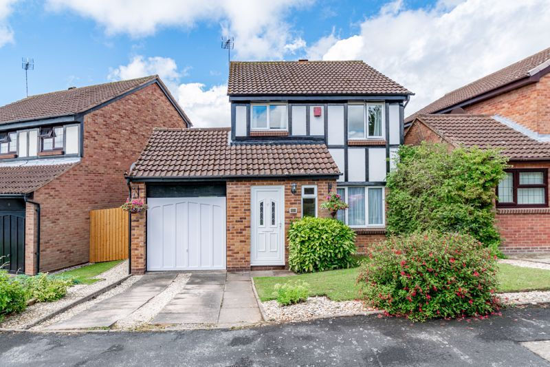3 bed house for sale in High Meadows - Property Image 1