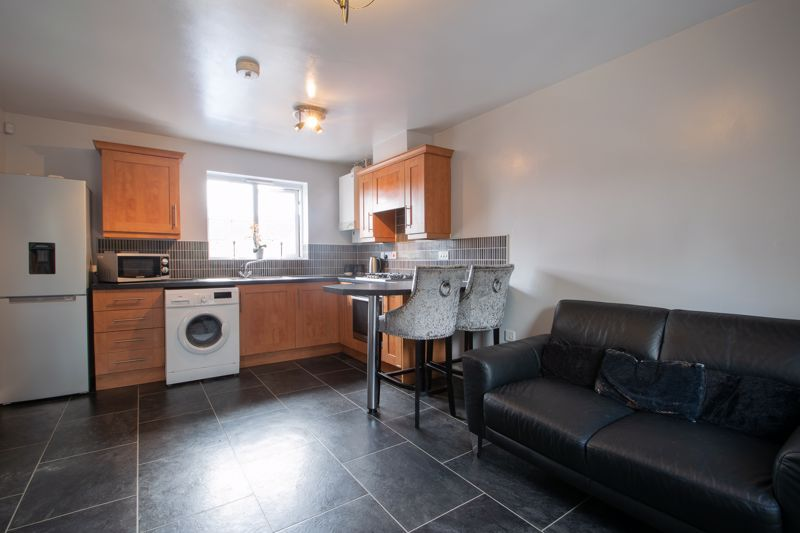 1 bed house for sale in Portway Road  - Property Image 4