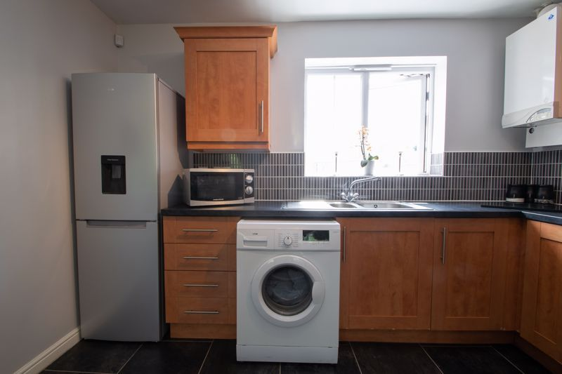 1 bed house for sale in Portway Road  - Property Image 7
