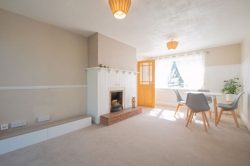 3 bed house for sale in Waverley Crescent  - Property Image 2