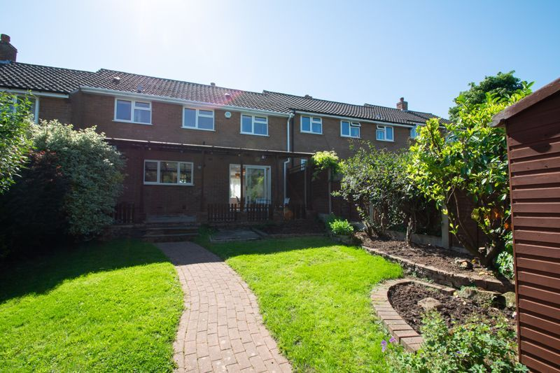 3 bed house for sale in Waverley Crescent 17