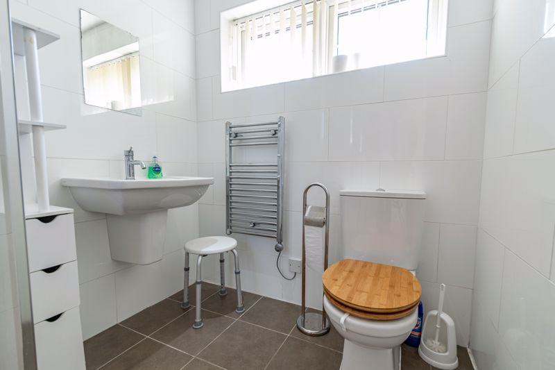 2 bed bungalow for sale in Verbena Close  - Property Image 12