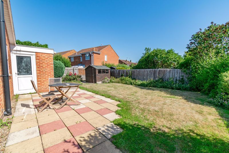 2 bed bungalow for sale in Verbena Close  - Property Image 3