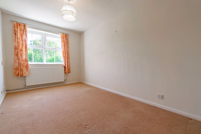 2 bed bungalow for sale in Verbena Close  - Property Image 10