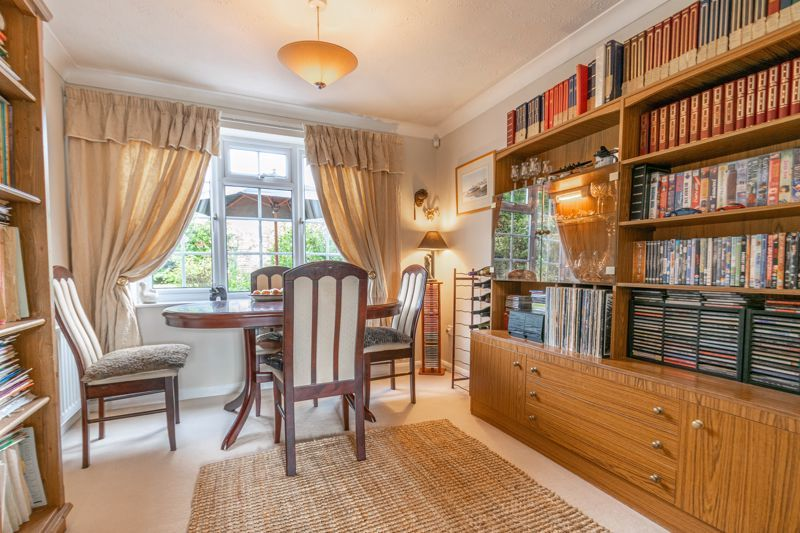 3 bed house for sale in Rush Lane 4