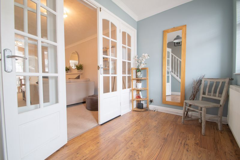 3 bed house for sale in Clyde Avenue 2