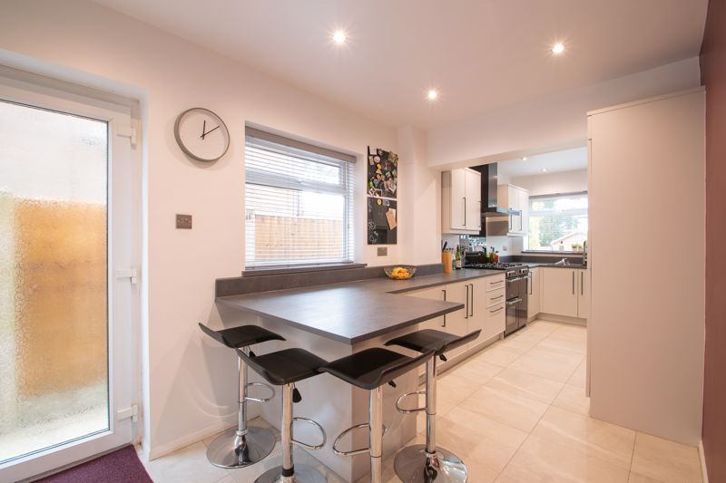 3 bed house for sale in Clyde Avenue 8
