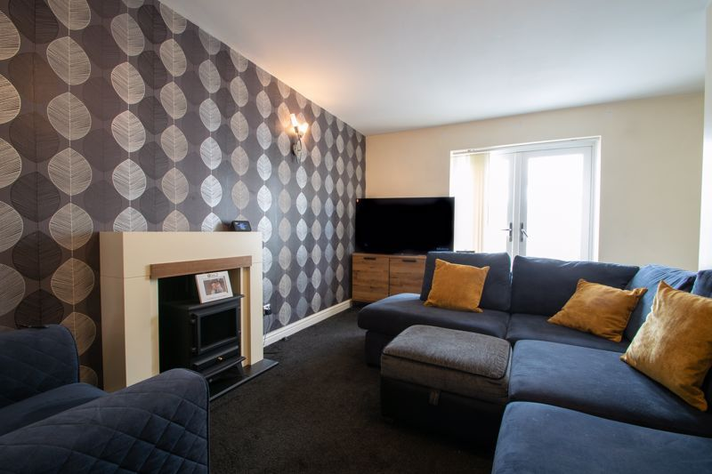 4 bed house for sale in Haden Close  - Property Image 14