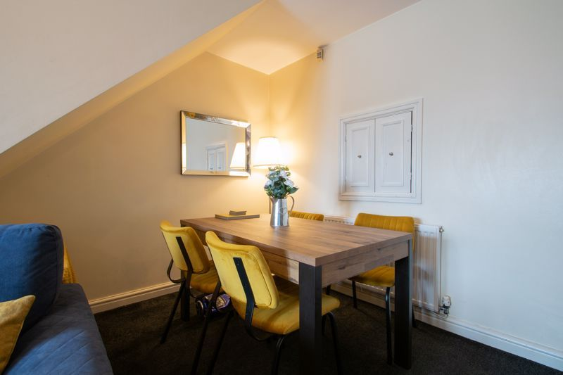 4 bed house for sale in Haden Close 4
