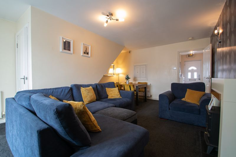 4 bed house for sale in Haden Close  - Property Image 5