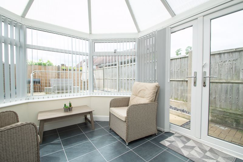 4 bed house for sale in Haden Close 6
