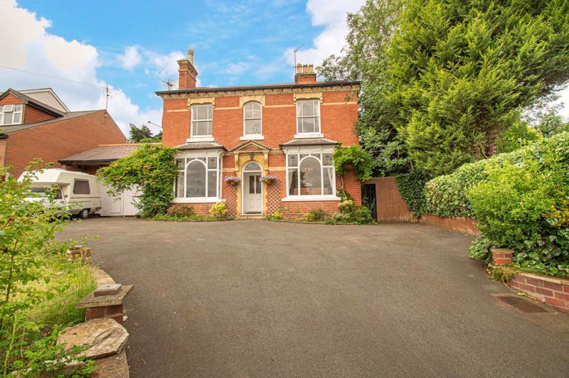 3 bed house for sale in Reservoir Road - Property Image 1