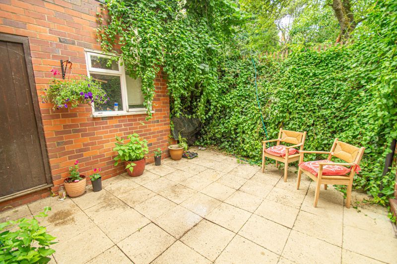 3 bed house for sale in Reservoir Road 16