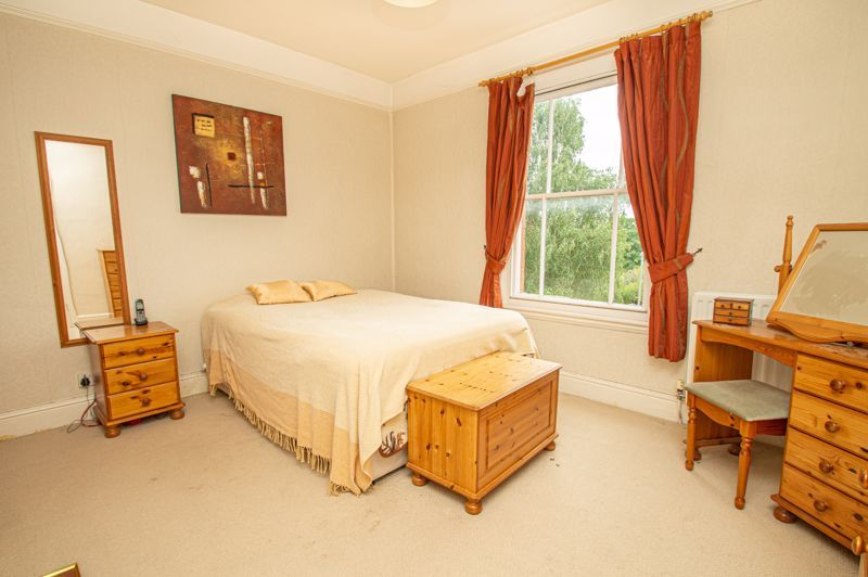 3 bed house for sale in Reservoir Road 8