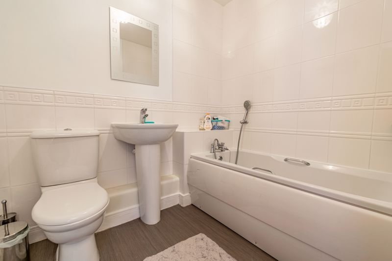 2 bed flat for sale in Pitchcombe Close  - Property Image 12