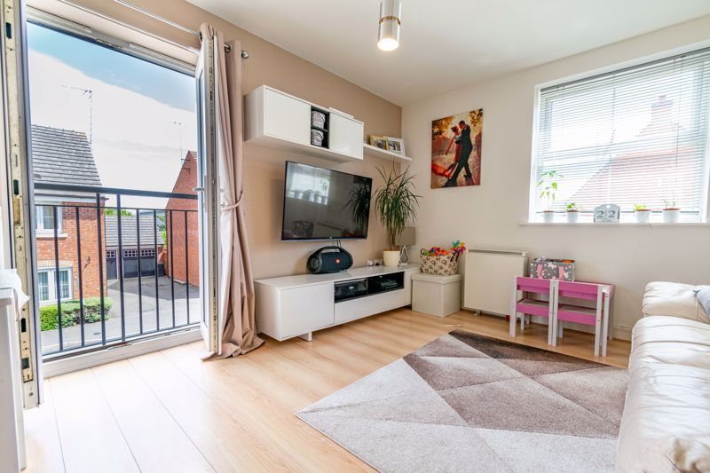 2 bed flat for sale in Pitchcombe Close  - Property Image 6