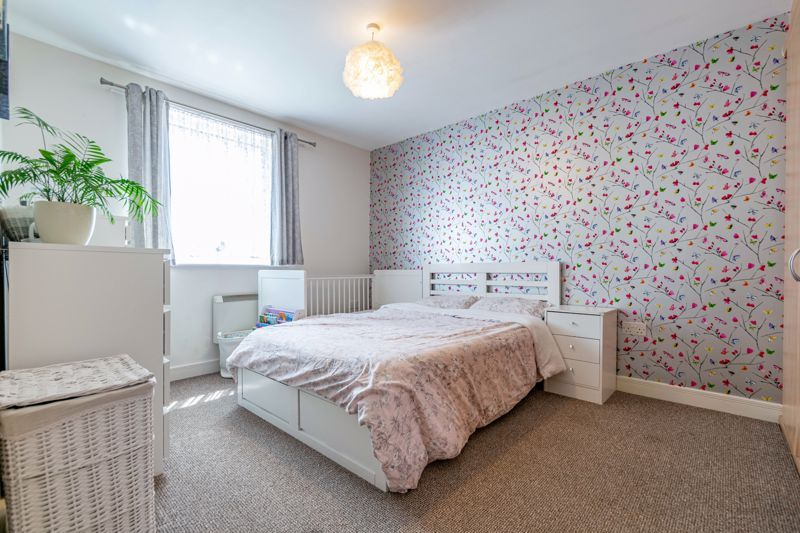 2 bed flat for sale in Pitchcombe Close  - Property Image 8