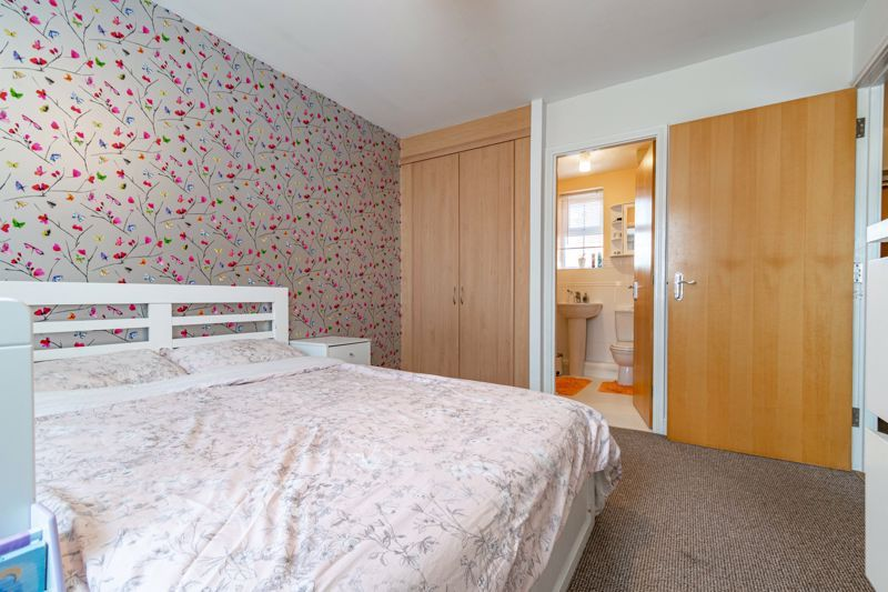 2 bed flat for sale in Pitchcombe Close  - Property Image 9