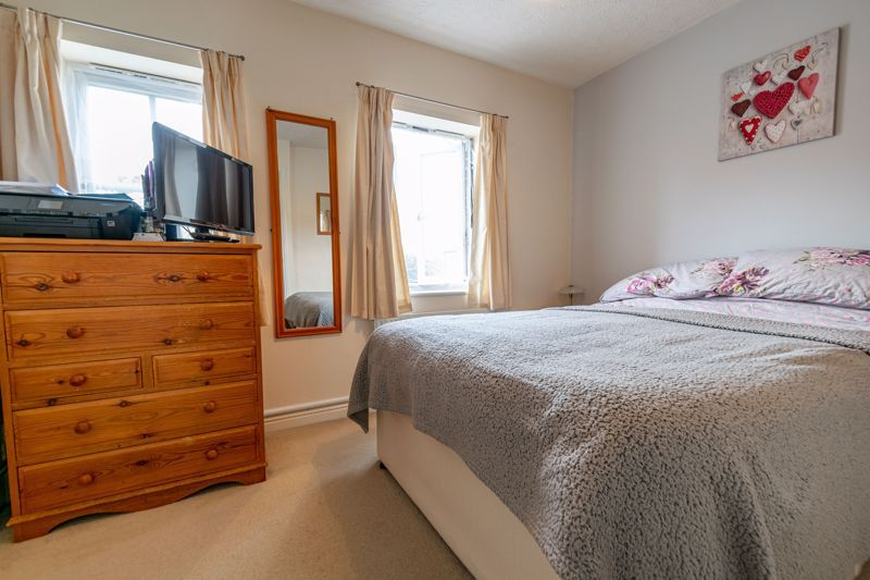 2 bed house for sale in Maiden Way  - Property Image 7