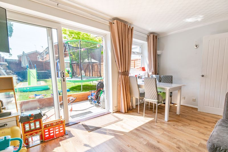 3 bed house for sale in Shaw Lane 7