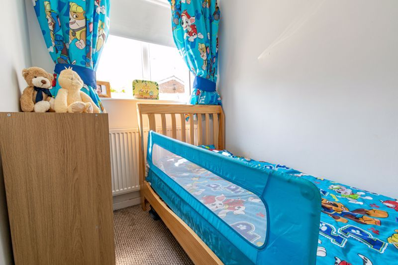 3 bed house for sale in Shaw Lane  - Property Image 10