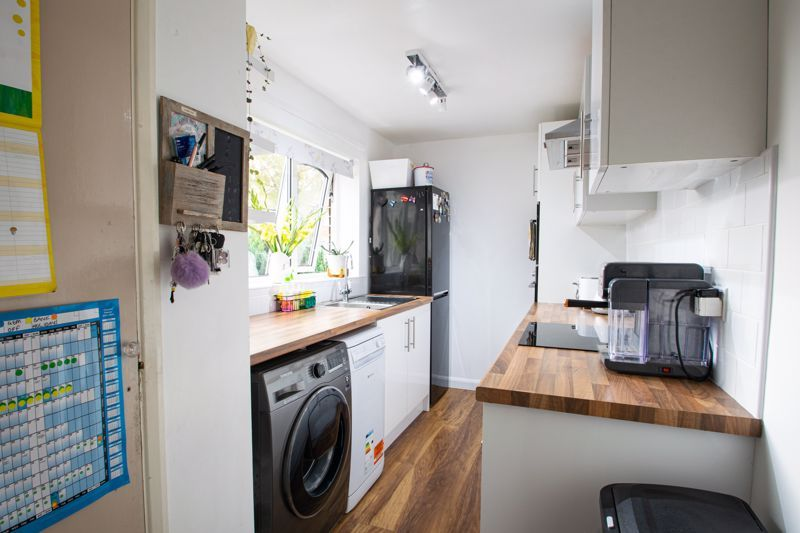 3 bed house for sale in Wyre Road  - Property Image 5