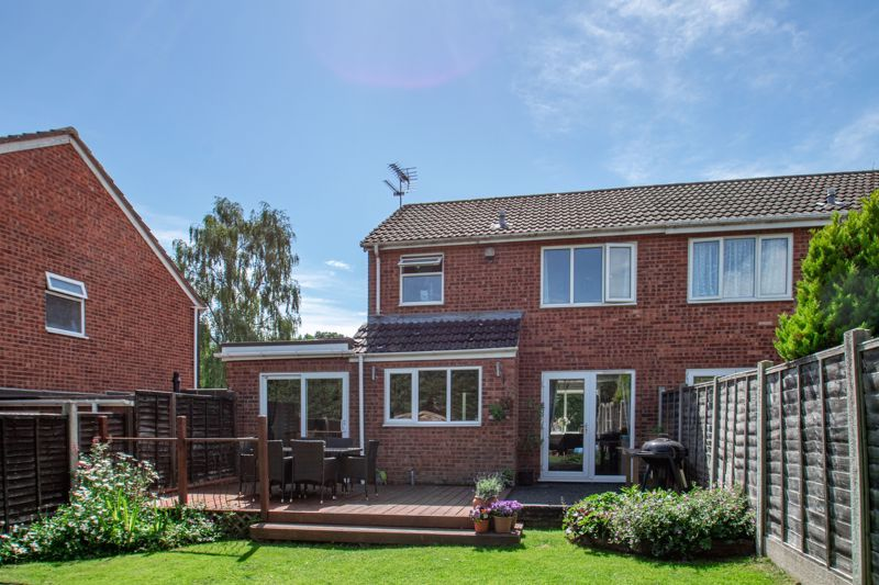 3 bed house for sale in Redstone Close 13