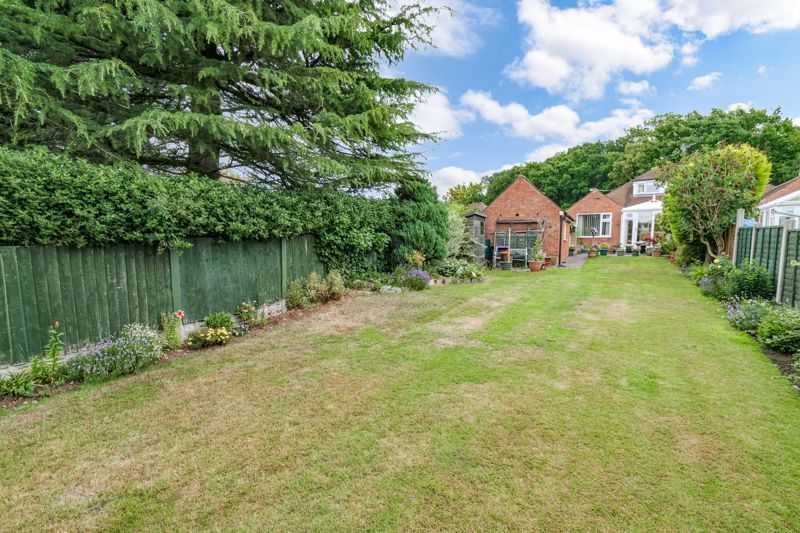 3 bed bungalow for sale in Old Birmingham Road  - Property Image 13