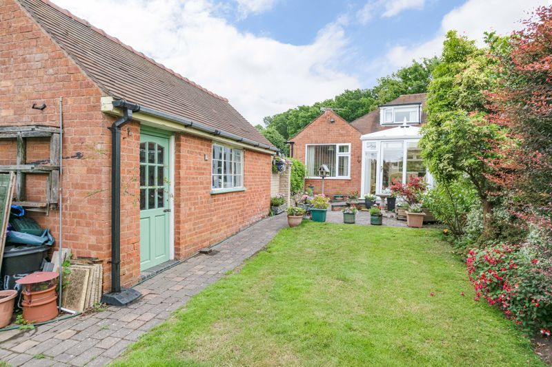 3 bed bungalow for sale in Old Birmingham Road  - Property Image 14