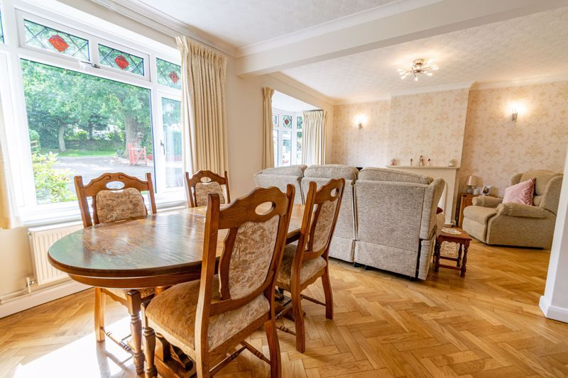 3 bed bungalow for sale in Old Birmingham Road  - Property Image 3